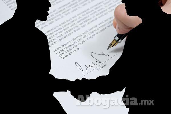 Al momento de redactar el contrato, se debe de especificar los acuerdos que se van a tratar, el contenido es lo básico y lo más importante.