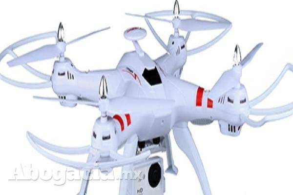 Debido al creciente uso de aeronaves no tripuladas, conocidas como drones, la Secretaría de Comunicaciones y Transportes ha actualizado y fortalecido los criterios que regulan su operación.